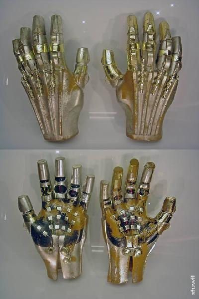 C-3p0 hands worn by Anthony Daniels